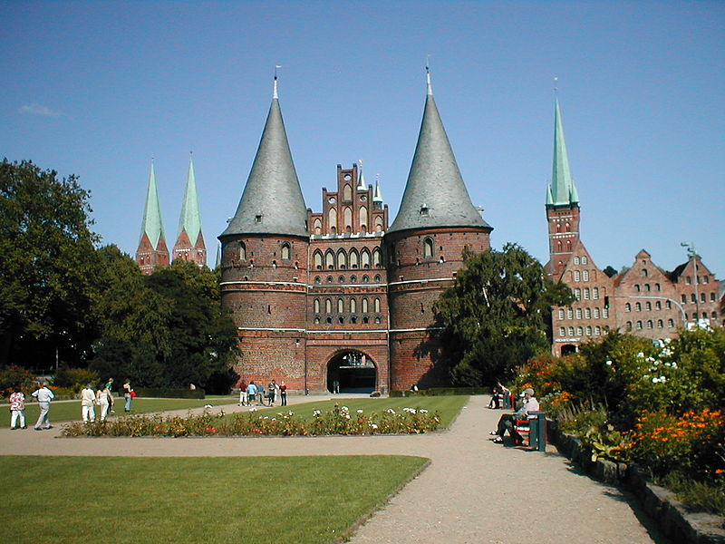 Luebeck_Holstentor